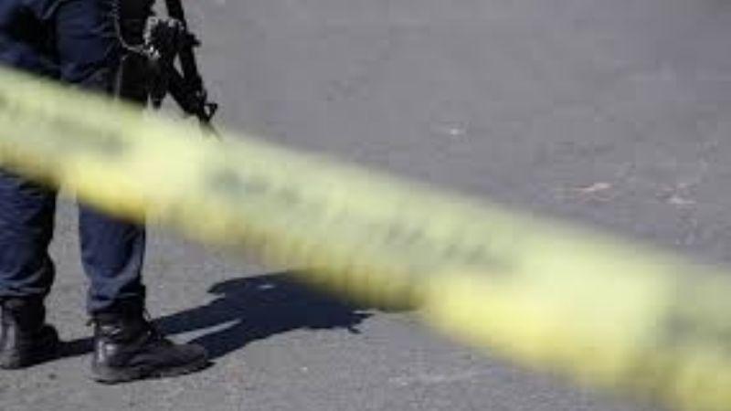 A Arely su pareja la asesinó a golpes y pedradas; el hombre huyó tras el brutal crimen