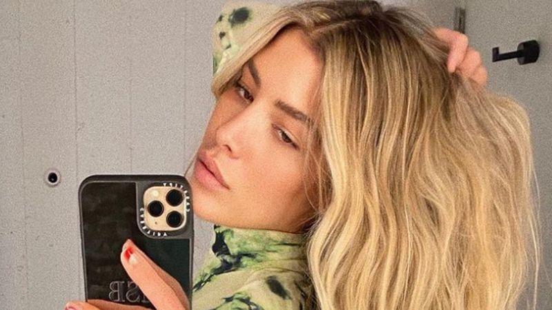 Michelle Salas, hija de Luis Miguel, enamora con increíble foto frente al espejo