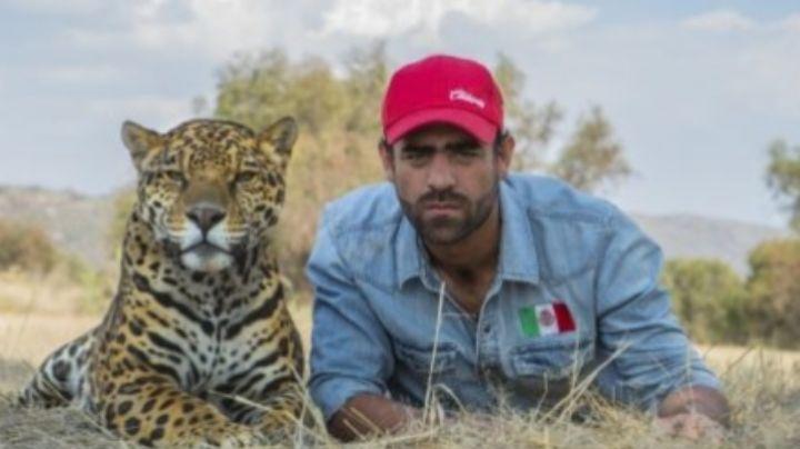 """Conflicto en el espectáculo: Arturo Islas llama """"borrego e ignorante"""" a Marco Antonio Regil"""