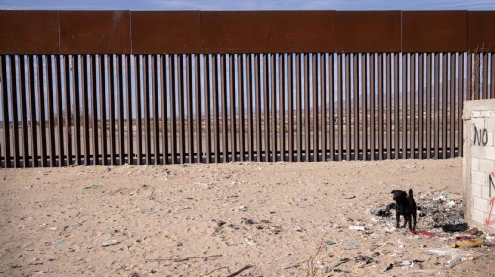 VIDEO: Hallan a niña de solo 7 años en la frontera de México y EU; un traficante la abandonó