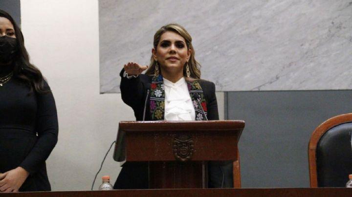 Guerrero: Gobernadora Evelyn Salgado toma protesta; asegura no habrá otro caso Ayotzinapa