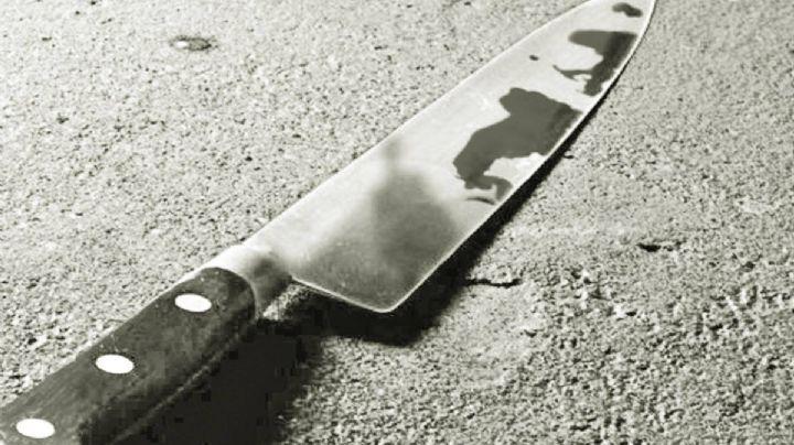 ¡Viaje de terror! Arrestan a un sujeto tras apuñalar a dos hombres en una estación del metro