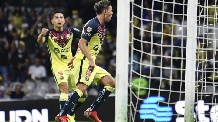 ¡Vuela alto! El América se impone ante Santos y sigue alejándose en la cima