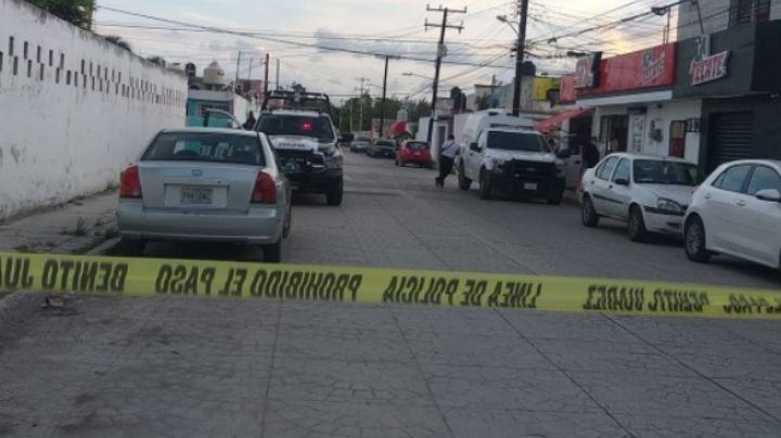 Motosicarios asesinan con arma de fuego a un hombre mientras caminaba