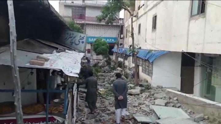 VIDEOS: Así se vivió el brutal terremoto en Pakistán que dejó más de 20 víctimas mortales