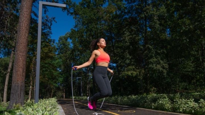¡Actívate! Saltar la cuerda le trae muchos beneficios a tu salud física y mental