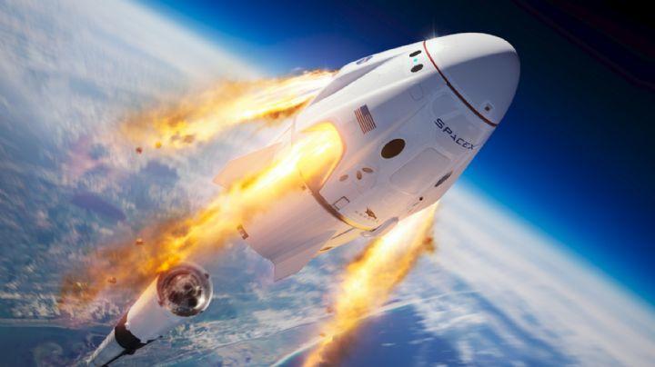 A finales de 2021, SpaceX, empresa de Elon Musk, llevará a sus primeros turistas al espacio
