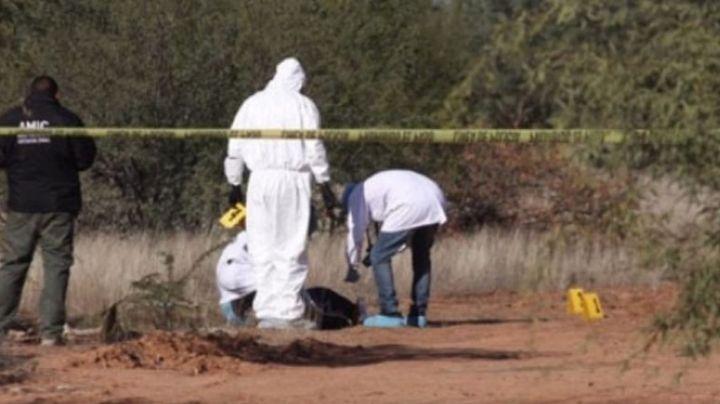 Sonora: Encuentran a hombre asesinado a puñaladas a las afueras de Bácum