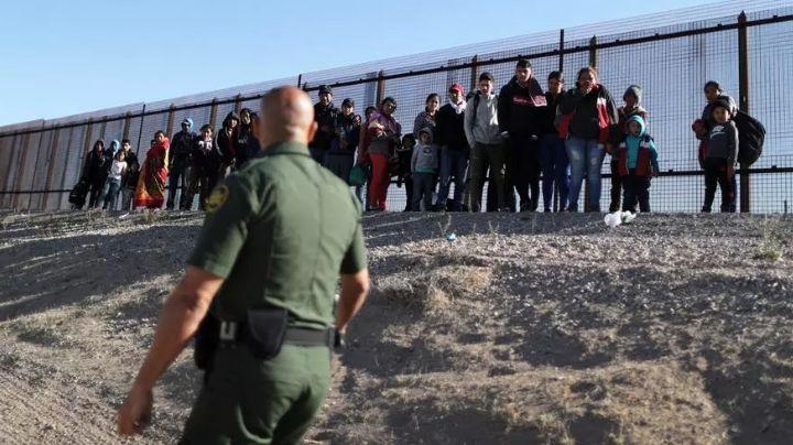 Biden termina programa de Trump que detenía a migrantes en la frontera EU-México