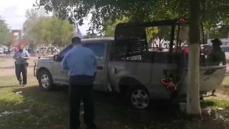 Camioneta de Marina provoca impactante choque en Obregón; hay dos elementos lesionados