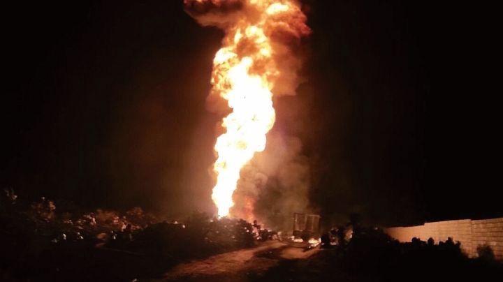 Muere uno por incendio de toma clandestina de Pemex en la carretera México-Querétaro
