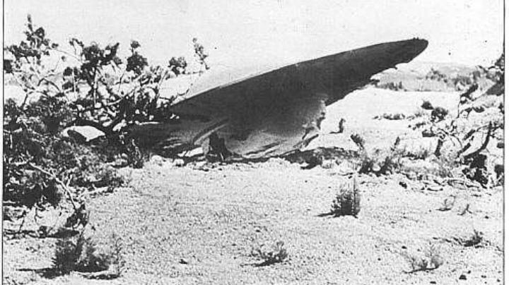 ¿Roswell 1947? El Pentágono admite que hizo pruebas con restos de una nave OVNI