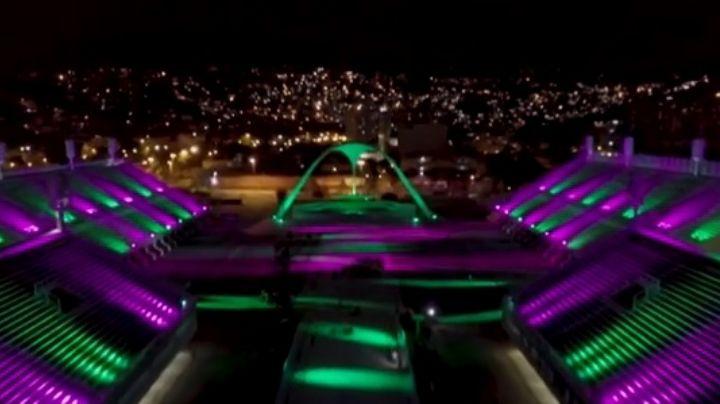¡Increíble! Iluminan Sambódromo de Río de Janeiro en homenaje a víctimas del Covid-19