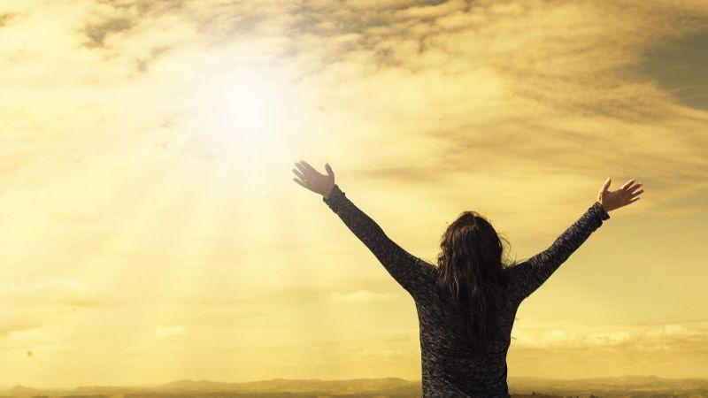 ¡Arriba el autoestima! Estas frases motivadoras te recordarán lo especial que eres