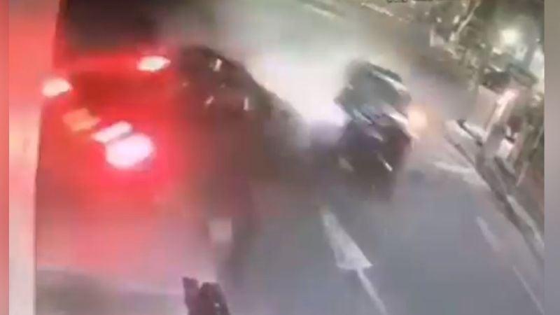 VIDEO: El impactante momento en el que muere una persona tras choque en Edomex