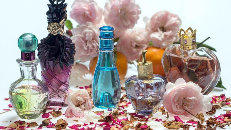 Covid-19: El perfume sustituiría al alcohol para desinfectar cabello y manos