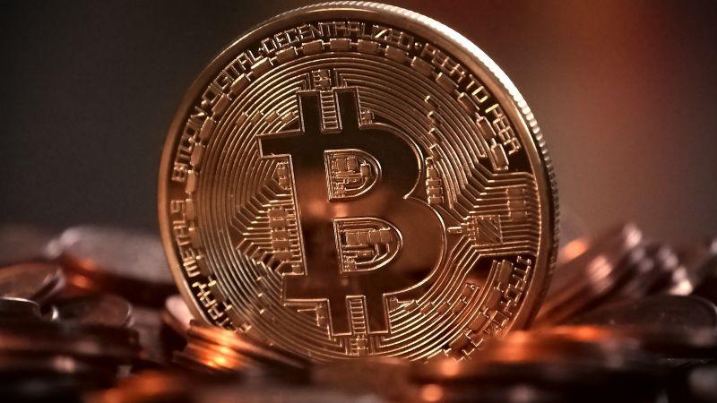 ¡Un nuevo récord! El valor de Bitcoin superó los 50 mil dólares por primera vez