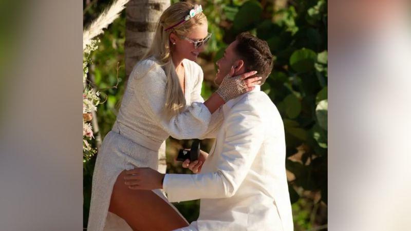 Paris Hilton y Carter Reum se comprometen en romántico escenario a 1 año de romance