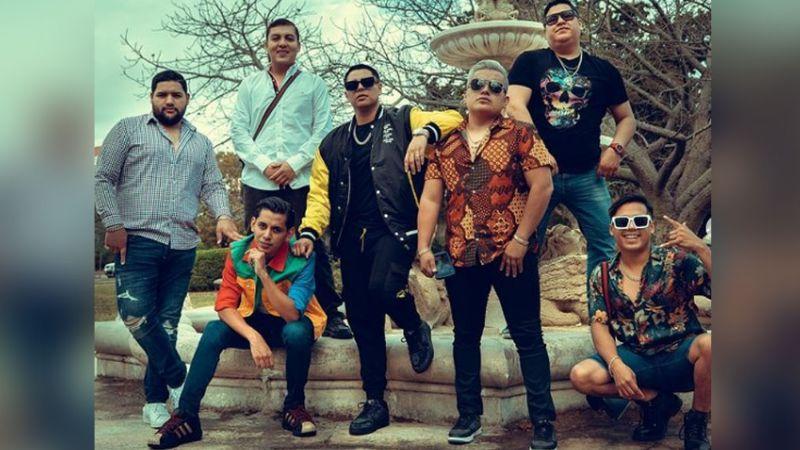"""Grupo Firme saca """"los pasos prohibidos"""" para bailar duranguense en TikTok"""