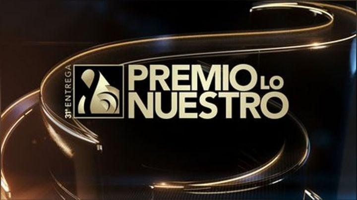 ¡Qué susto! Cantante de narcocorridos debutaría con ukelele en Premios Lo Nuestro