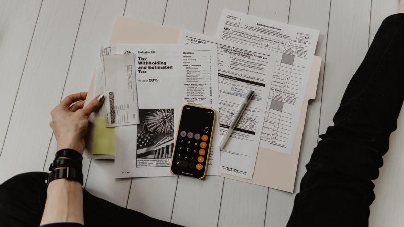 SAT: Si eres asalariado, estos son gastos que puedes deducir en tu declaración anual