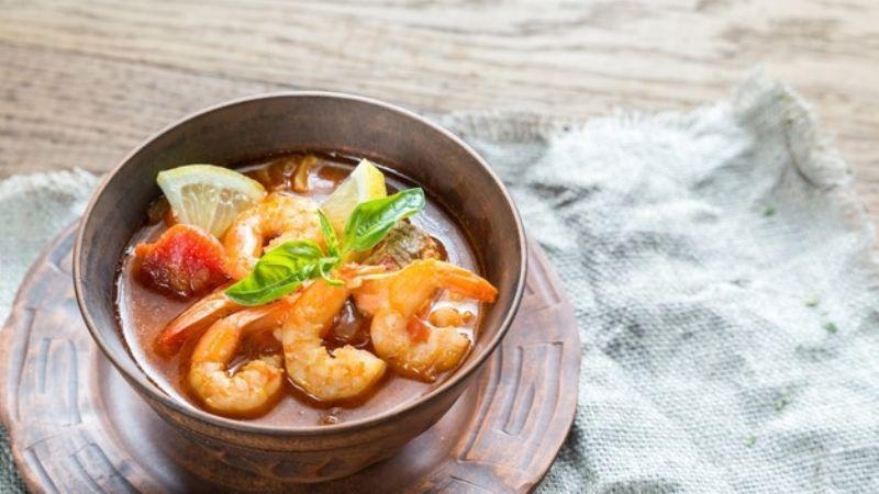 ¡Exquisito! No te pierdas el mejor sabor de la cuaresma con este rico caldo de camarón