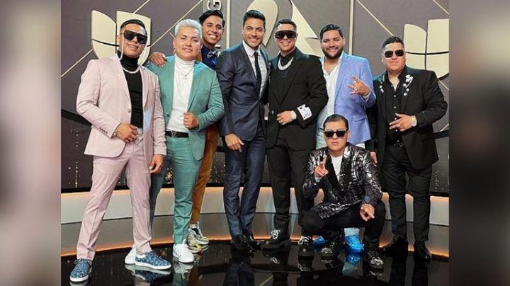 Grupo Firme no olvida sus raíces; pone en alto a México en Premios Lo Nuestro 2021