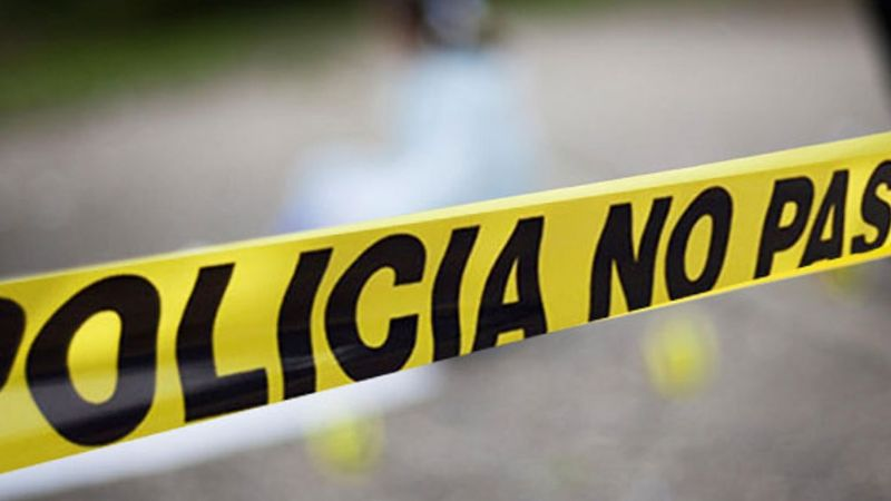 Motociclista sufre brutal accidente; salió proyectado más de 25 metros y murió al instante