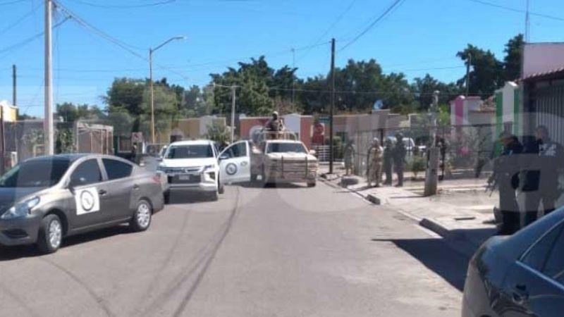 Operativo en Cajeme: Convoy del Ejército 'revienta' casa en la colonia Primavera