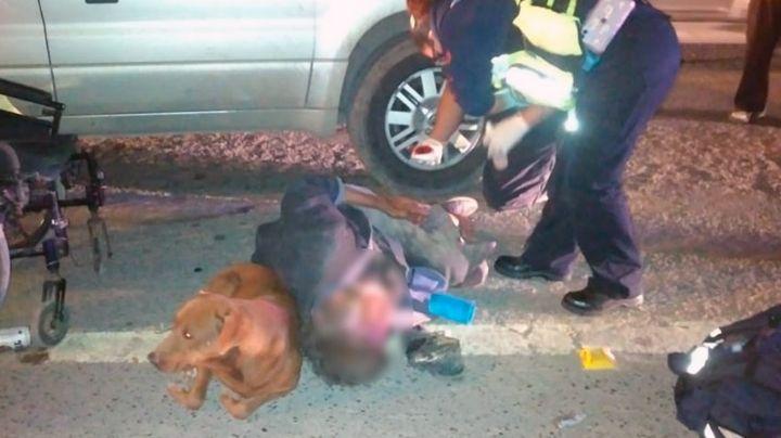 Hombre en silla de ruedas es atropellado en Tamaulipas; se habría roto ambas piernas