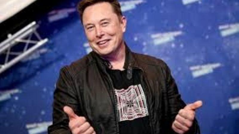 Elon Musk hace controversiales declaraciones sobre Bitcoin y el dinero en efectivo