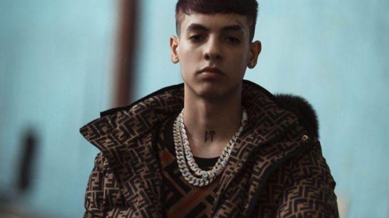 """""""El Natanael Cano Gringo"""": Encuentran el doble exacto del cantante al otro lado de la frontera"""