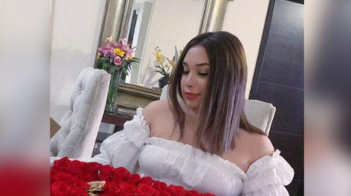 Valentina Elizalde, hija del 'Gallo de Oro', deslumbra al posar en angelical vestido