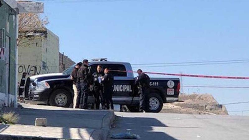 Atroz feminicidio: Mujer es asesinada a pedradas y abandonada en calle de Ciudad Juárez