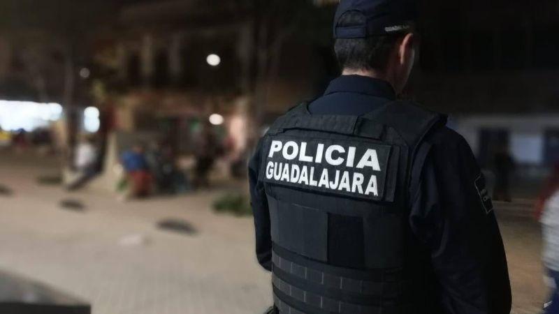 Jalisco: Notario se quita la vida de un disparo; su hermano lo encontró muerto y con una nota