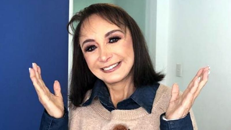 Tras su flamante foto en bañador, 'La Chilindrina' anuncia que busca novio 15 años menor