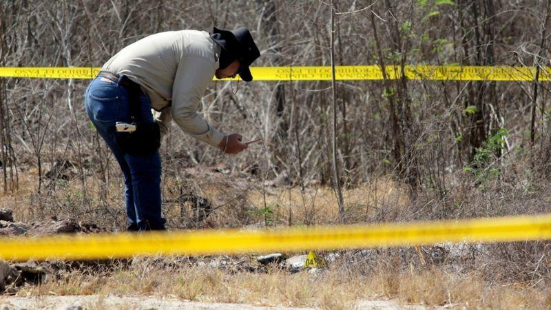 Cajeme: Cadáver encontrado en fosa clandestina es identificado por su hermano