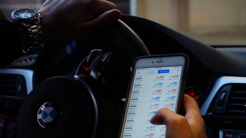 Regulaciones de brokers que cuentan con aplicaciones de trading