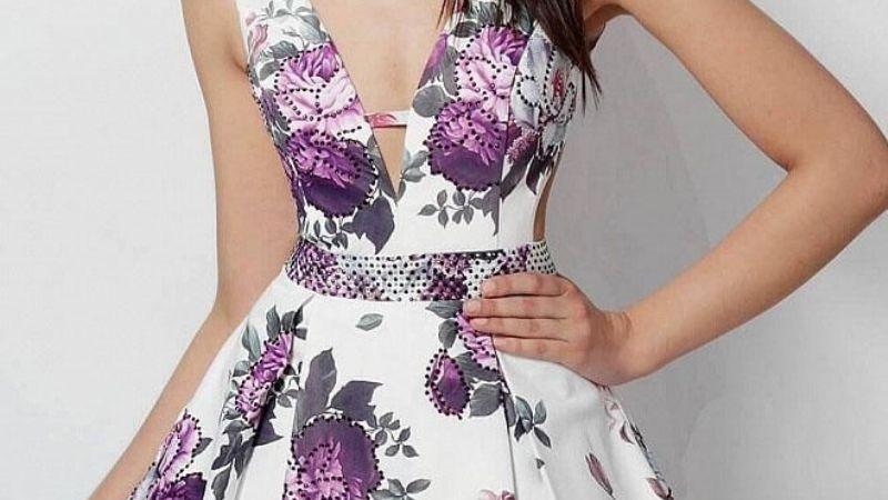 ¡Prepárate para la primavera! Descubre cómo llevar las flores en un vestido casual
