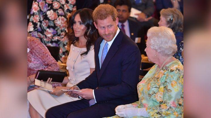 Meghan Markle y el Príncipe Harry reclamarían despido a la Reina Isabel II