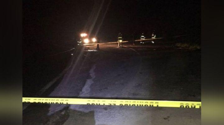 Hallan camioneta abandonada con tres hermanos muertos; sicarios los rafaguearon