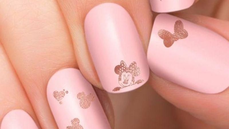No dejes ir la oportunidad de lucir como una chica Disney con estos diseños de uñas
