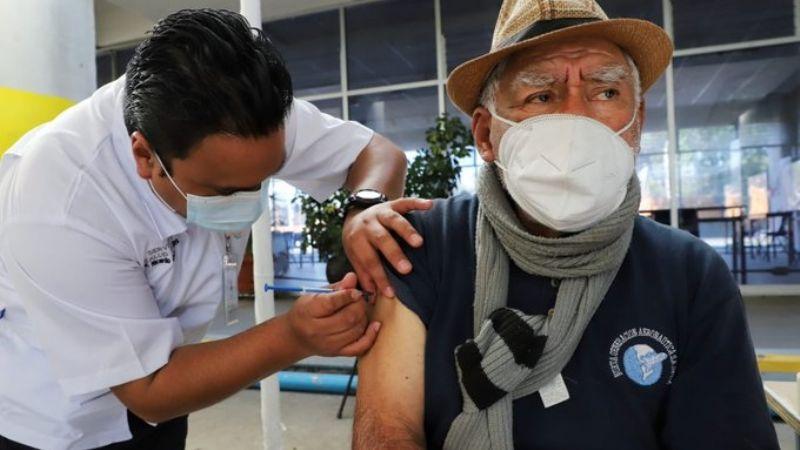 Pide UNAM aplazar hasta 2 meses la segunda aplicación de vacuna contra Covid-19