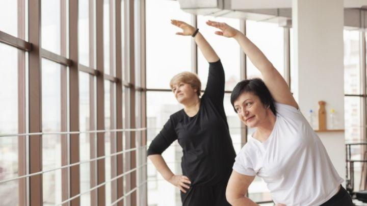 Mantén una vida saludable con estos ejercicios necesarios a partir de los 45 años