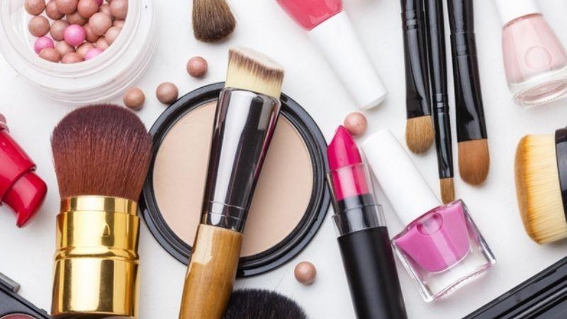La belleza a la puerta de tu casa: Estos son los 5 productos más vendidos de Avon