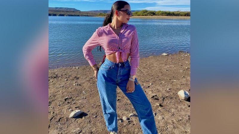 ¡Divina! Ángela Aguilar se toma un descanso y presume su belleza desde el mar