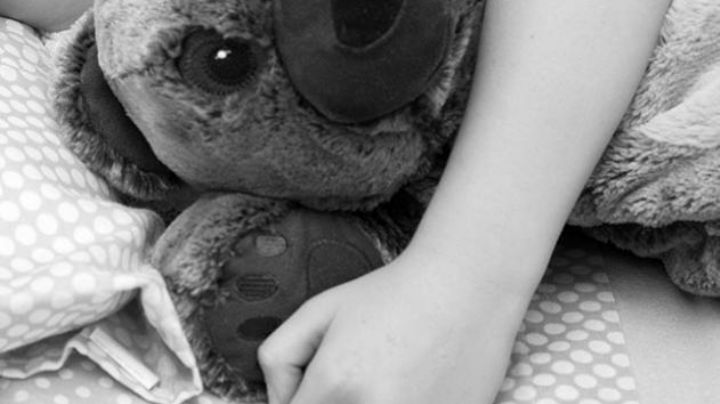 """""""'El Chivo' me violó"""": Niña de 7 años rompe en llanto y revela que vecino abusó de ella"""