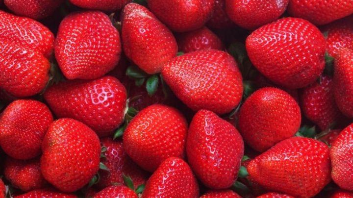 ¡Conquista su paladar! Este flan de fresas será la mejor opción para este San Valentín