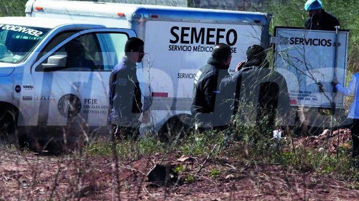 Macabro hallazgo: Localizan cuerpos de dos mujeres y un hombre en fosa clandestina