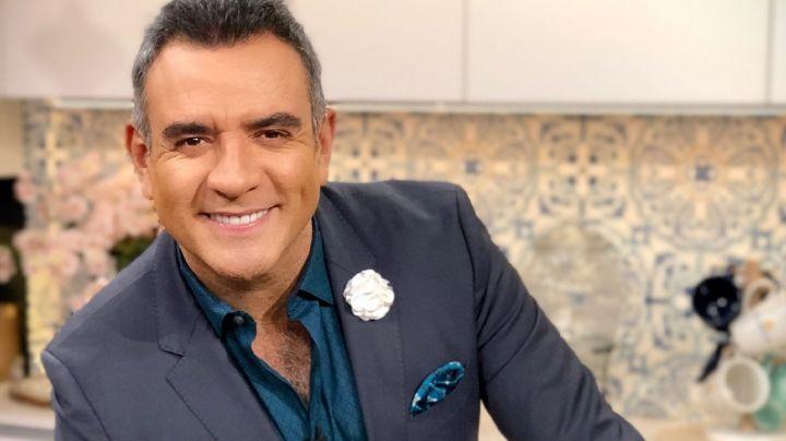 Sin trabajo en Televisa, Héctor Sandarti reaparece en Instagram con grave noticia